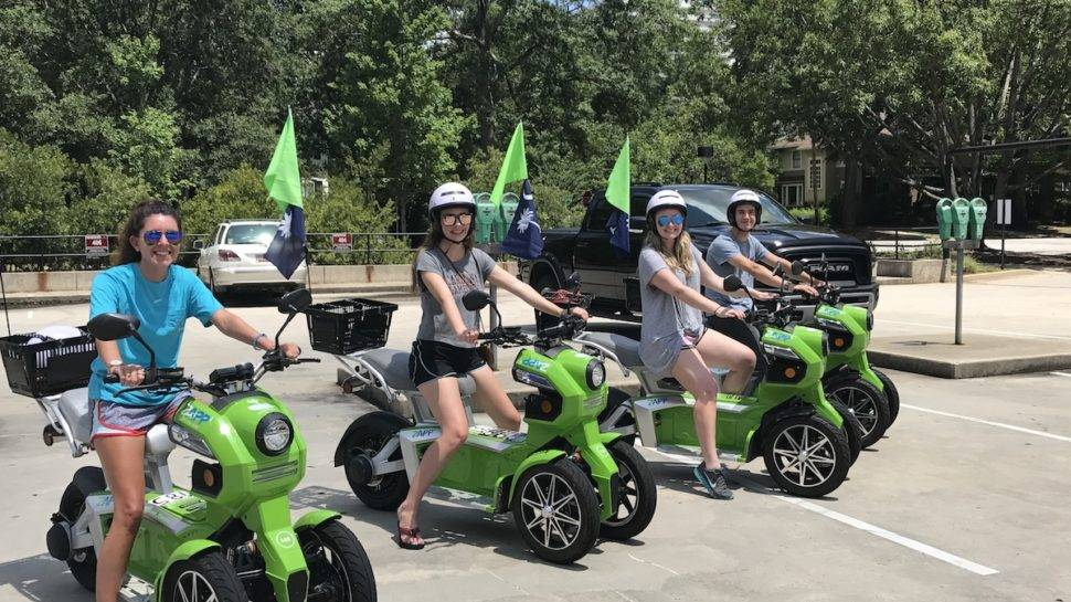 We Rode Around On Zapp Scooters All Day 🛵 Colatoday