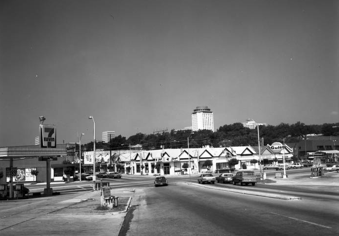 Gulf gas station in Five Points